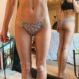 Victoria's Secret Bikini Bottom Multi Color/Gold